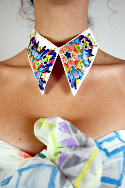 embroidered-collar-412x618