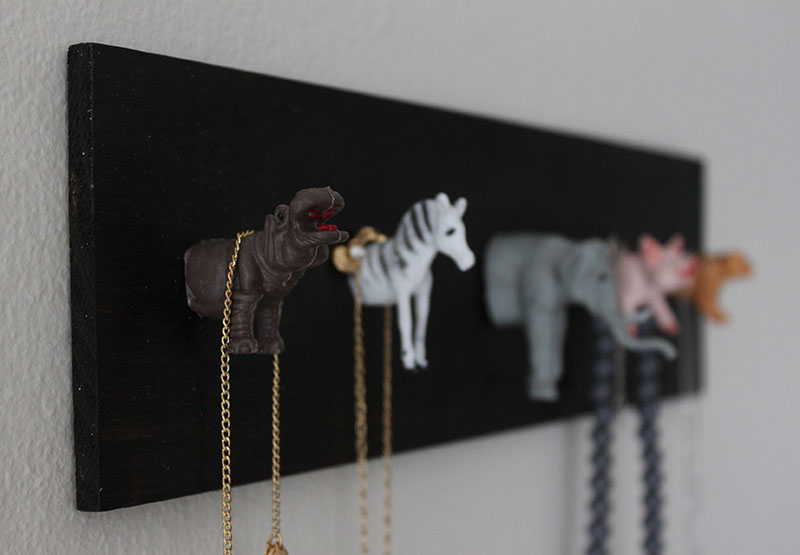 DIY Jewelry Holder 8