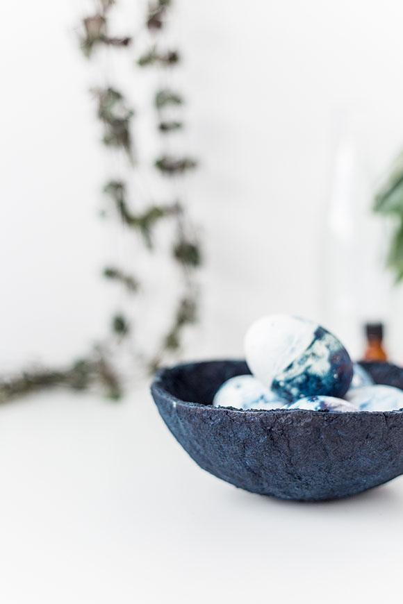 DIY-Indigo-Paper-Bowls-Tutorial-@fallfordiy
