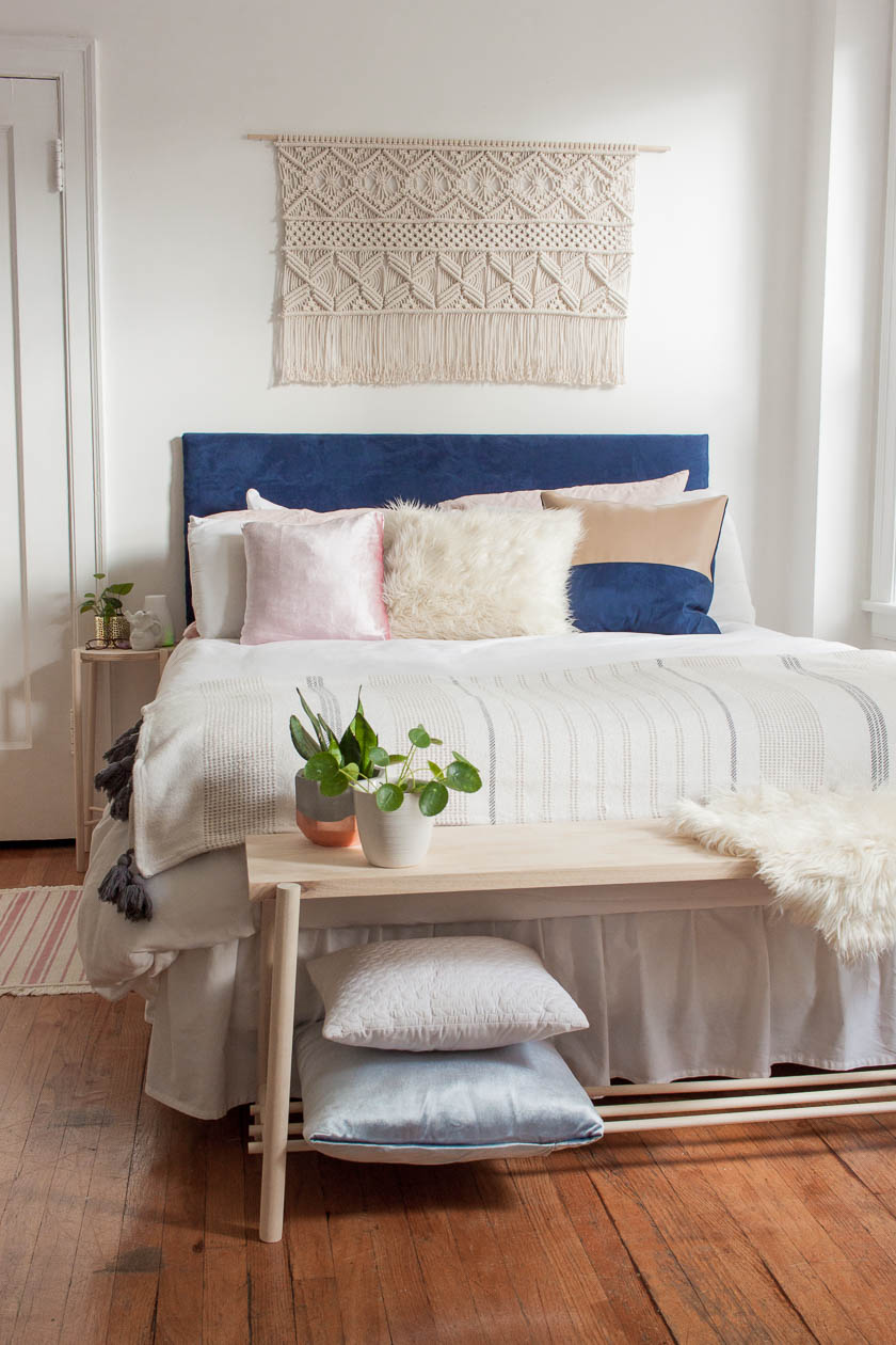 DIY DOWEL BED BENCH